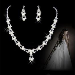 Klassisches Schmuckset Perlen